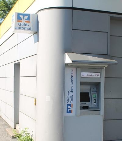 Geldautomat Agip-Tankstelle